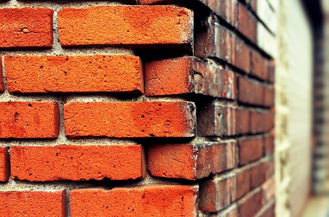 Striking And Pointing Brickwork